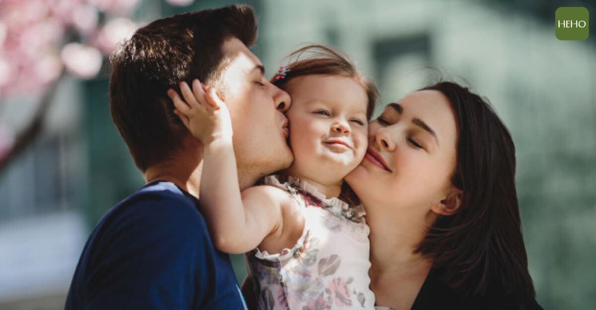 小孩嘴邊長疹子怎麼辦?兒童皰疹照護原則告訴你!