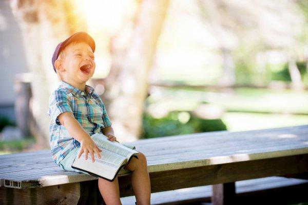 爸媽必看!3 個方法讓小孩對生活充滿好奇、樂在學習