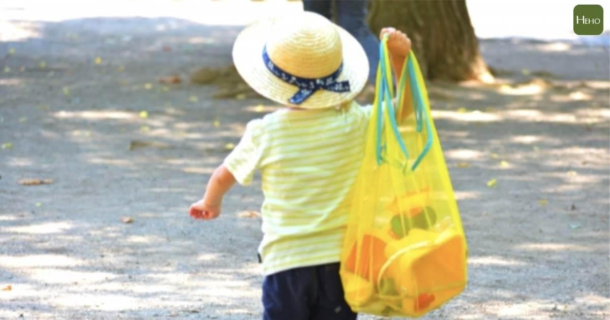 小孩比大人更容易中暑!體溫升高速度4倍快 這些要領防止幼童熱傷害